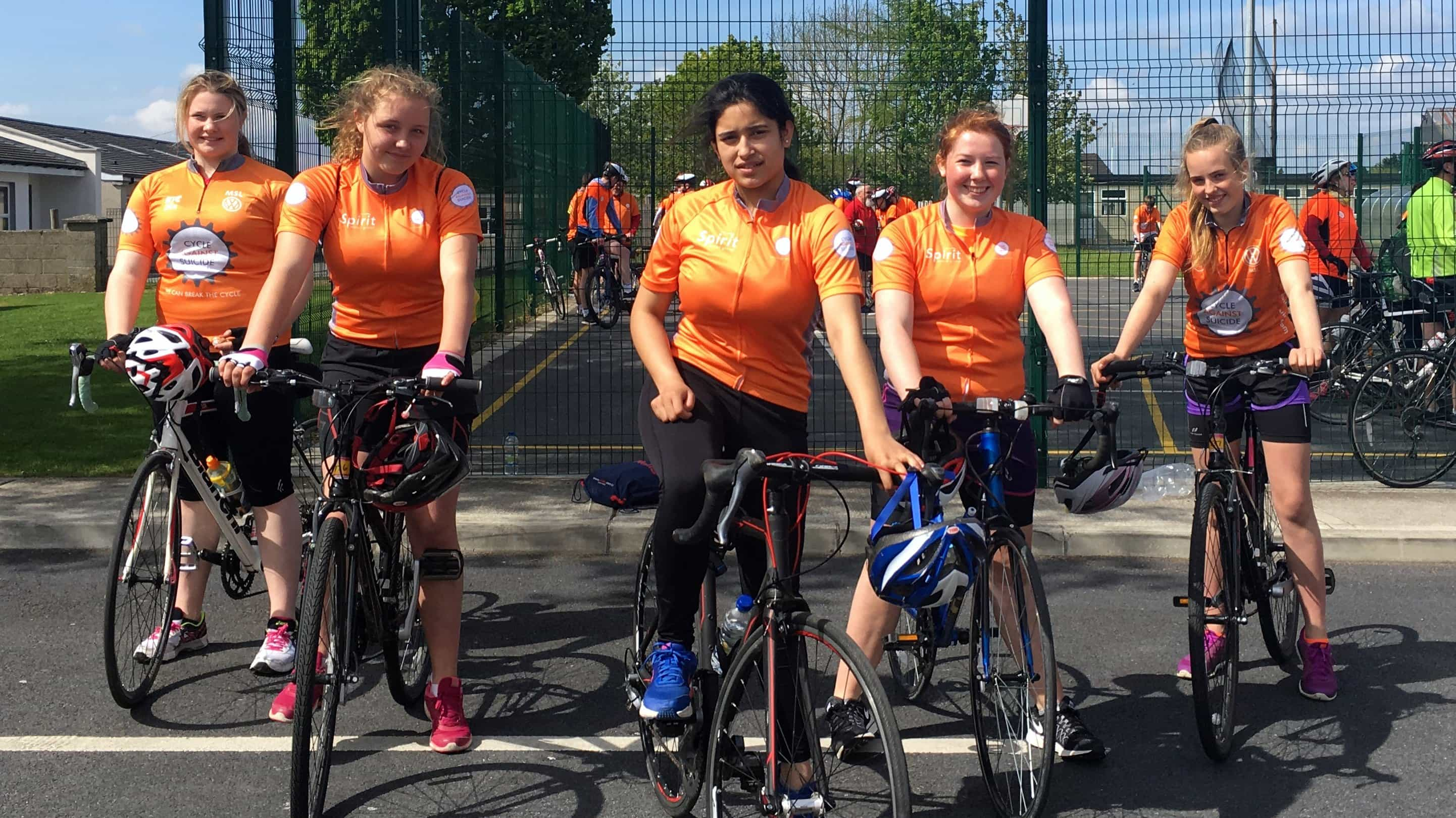5 Loreto cyclists